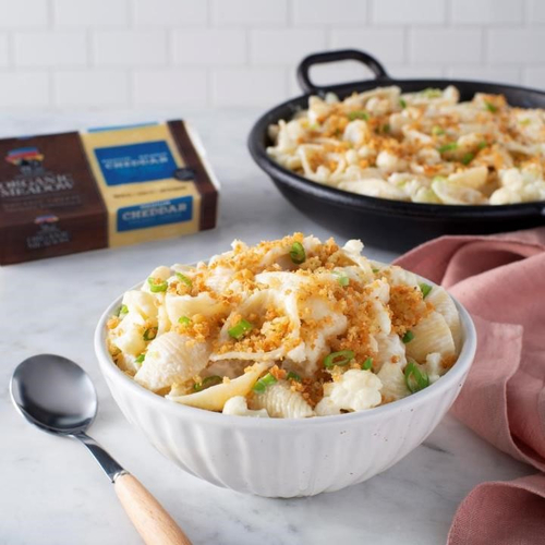 Creamy Cauliflower Macaroni & Cheese